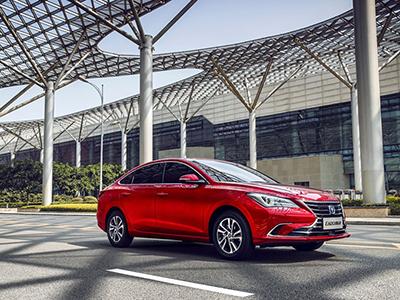 最新设计风格  全新逸动将广州车展亮相