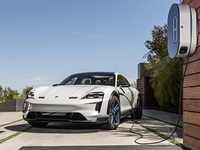 保时捷2019年底将推第二款纯电动车型
