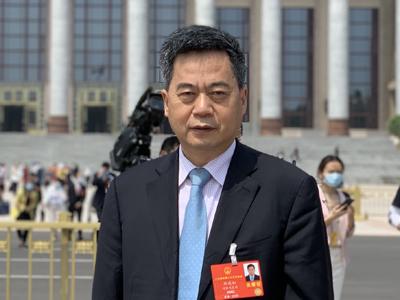 全国人大代表刘汉如提议:推广换电、氢能、甲醇重卡以及渔船油改气