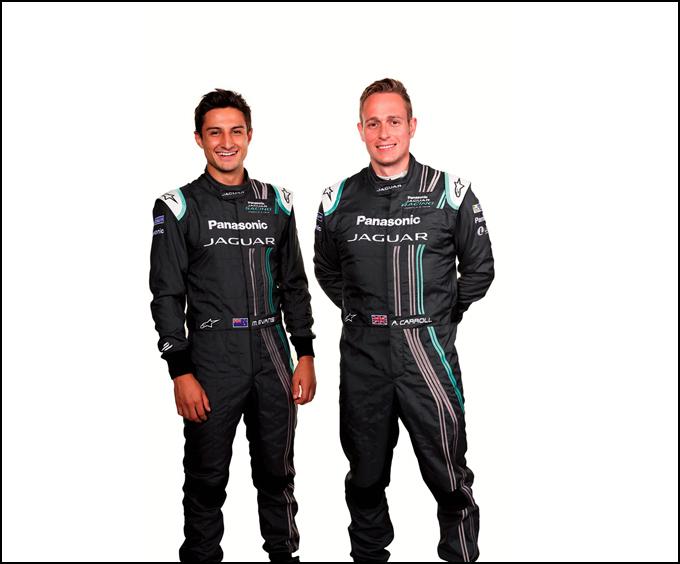 捷豹车队Formula E第三赛季主力车手Mitch Evans(左)及Adam Carroll(右)