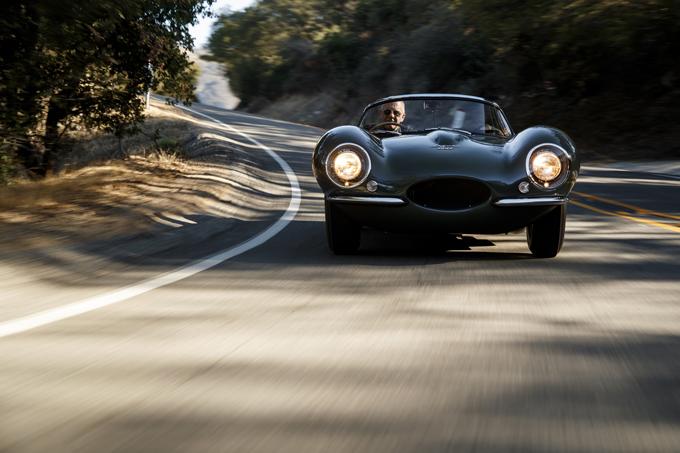"""世界首台捷豹XKSS的原厂""""重生""""版车型于洛杉矶首次上路"""