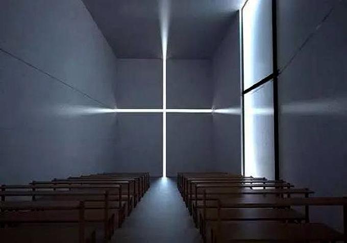 日本建筑设计师安藤忠雄的光之教堂让光显得前所未有的神圣庄严